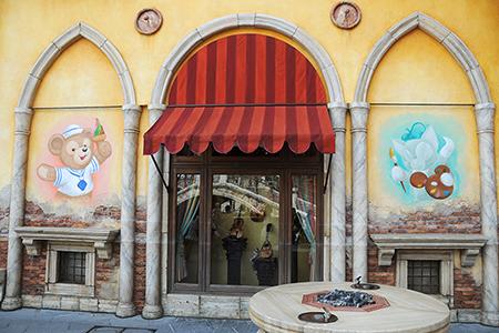 パラッツォ・カナルの壁画 (6/30時点)