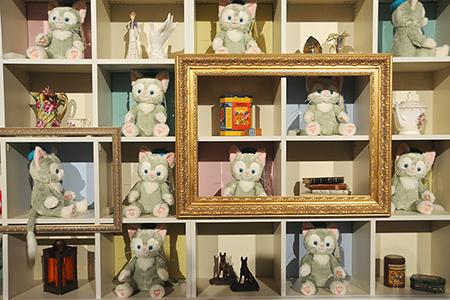 棚に飾られたジェラトーニ