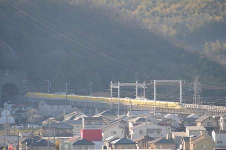 岡山方面のトンネルに突入