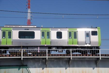 11号車・クハE235-1