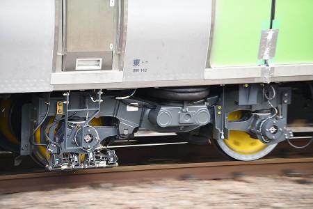 11号車・クハE235-1のPQ軸