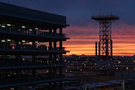 19:08 羽田空港からの夕焼け