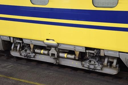 4号車・923-4の検測用「TTR8001」台車