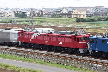 上野〜青森〜長岡の先頭に立ったEF81-98