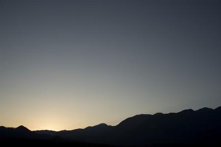夕暮れの山々