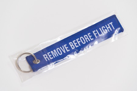 REMOVE BEFORE FLIHT ストラップ